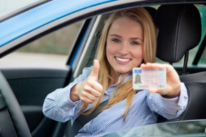 Die Probezeit für den Führerschein ist für jeden Fahranfänger Pflicht.