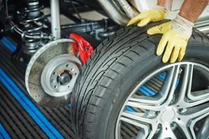 Wie können Sie das Reifenalter bestimmen?