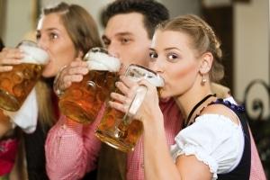 Restalkohol im Blut ermitteln: Die Formel dient nur der Orientierung.