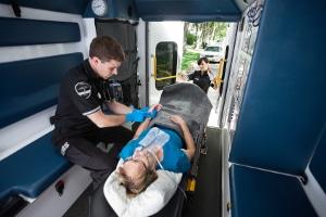Wann wird Schmerzensgeld nach einem Autounfall bei Rückenschmerzen fällig?