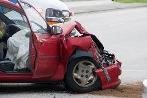 Beim Schmerzensgeld ist die Höhe nach einem Unfall vom Verschuldungsgrad abhängig.