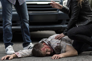 Nach einem Autounfall kann ein Schmerzensgeld beim Schädelhirntrauma vom Schädiger gefordert werden.