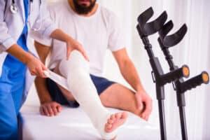 Schmerzensgeld für Ihr Sprunggelenk? Wurden Sie beim Unfall verletzt, ist das möglich.