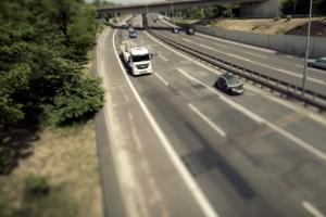 Seitenstreifen: Welche Regelungen gelten hier für Autofahrer? Was ist erlaubt?