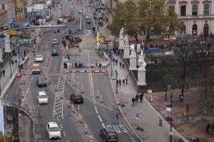 Der Sicherheitsabstand im Stadtverkehr beträgt mindestens 15 Meter.