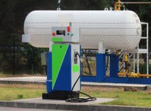 An Tankstellen in Erfurt können Verbraucher auch Autogas abnehmen.