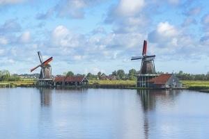 Tempolimit: Die Niederlande setzen auf mehr Sicherheit statt Raserei.