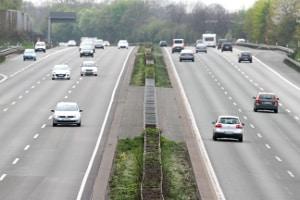 Wann muss eine Toleranz auf der Autobahn abgezogen werden?