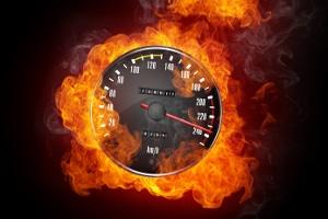 Der TRAFFIPAX Speedoguard soll Raser zur Strecke bringen.