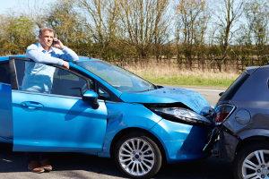 Bei einer Unfallflucht springt die Versicherung ein - aber welche genau?
