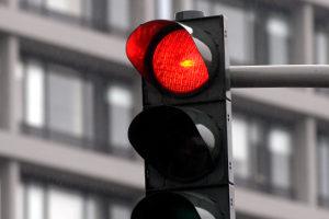Einer Verkehrsordnungswidrigkeit folgen ein Bußgeld, Punkte oder ein Fahrverbot.
