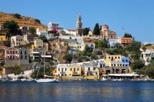 Urlaubsplanung: Informieren Sie sich über die Verkehrsregeln in Griechenland.