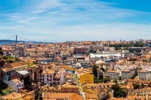 Erfahren Sie hier vor Ihrer Reise alles über die Verkehrsregeln in Portugal.
