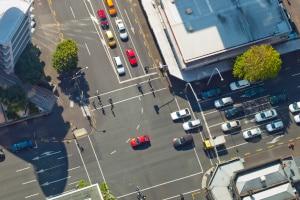 Um die Sicherheit zu gewährleisten, müssen sich alle Verkehrsteilnehmer an die Verkehrsregeln halten.