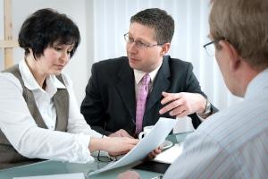 Vertragsstrafe: Stellt die Kfz-Versicherung fest, dass Sie sich nicht an die vereinbarten Punkte halten, kann sie fällig werden.