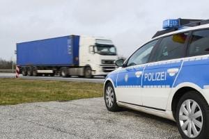 Der Verwarngeldkatalog wird im Straßenverkehr auch von der Polizei eingesetzt.