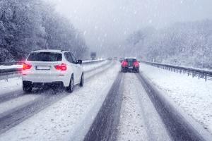 Winterreifenpflicht: Darf man Ganzjahresreifen im Winter fahren?