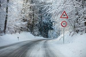 Was geschieht, wenn Sie sich nicht an die Winterreifenpflicht halten?
