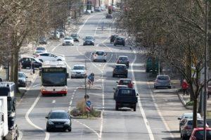 Eine Zentrale Bußgeldstelle kümmert sich um alle Ordnungswidrigkeiten im Verkehr.